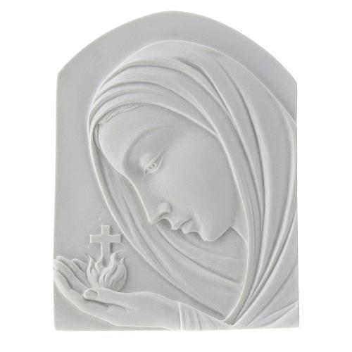 Virgen con la cruz de 22cm mármol sintético 1