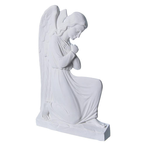 Angel with crossed arms, 25cm bas-relief in reconstituted marble 2