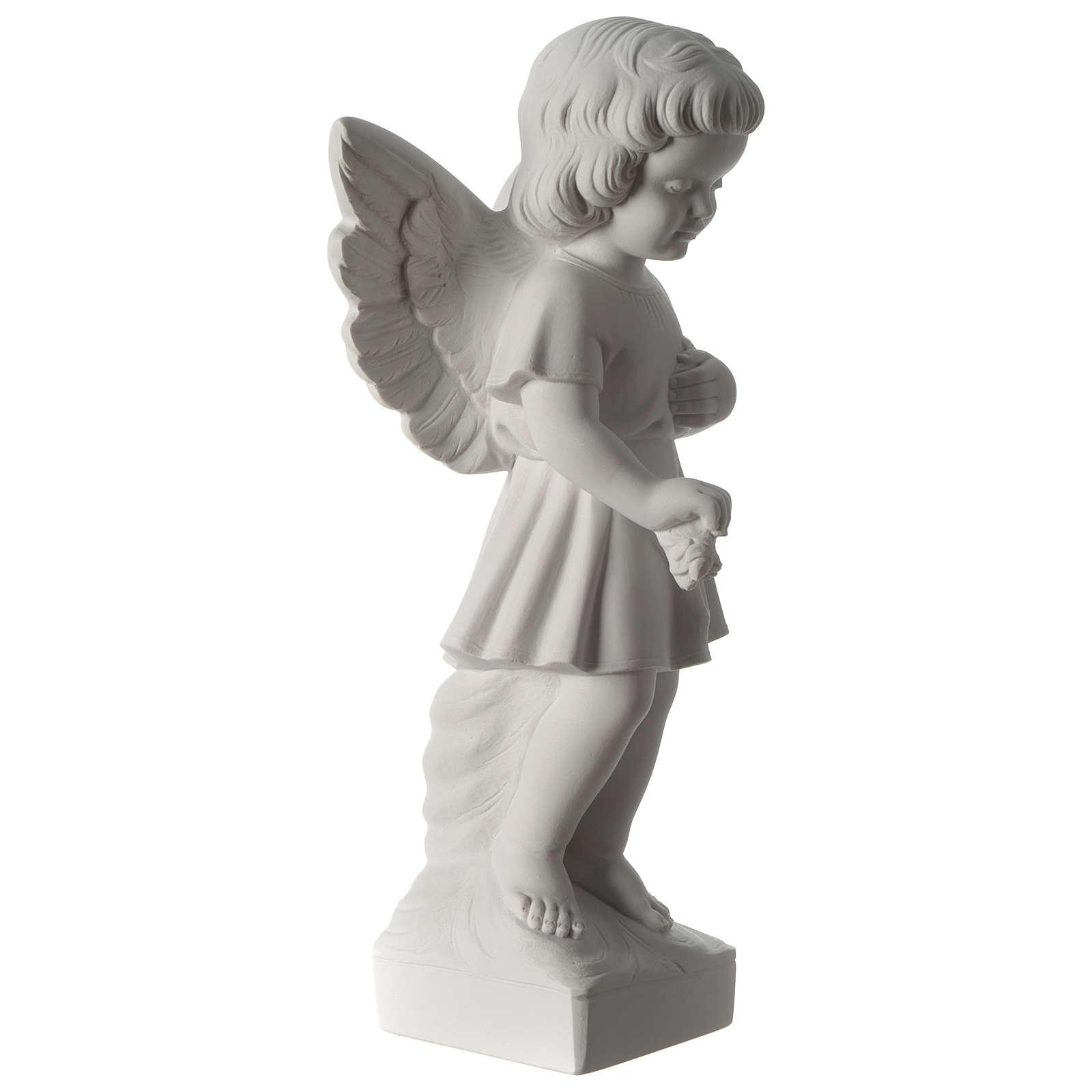 Angel throwing flowers 4