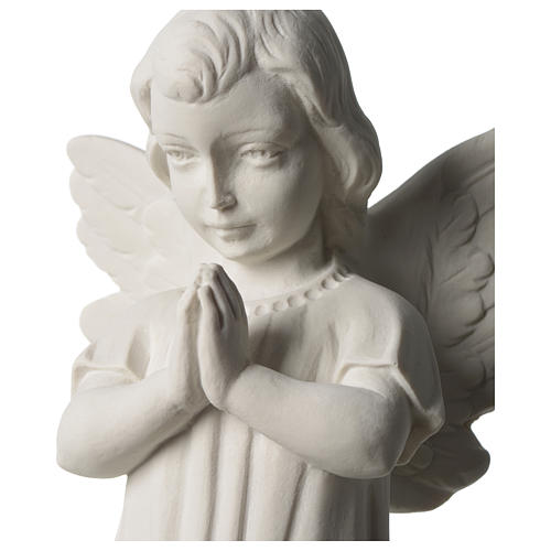 Angel with joined hands in white synthetic Carrara marble 25 - 30 cm 2