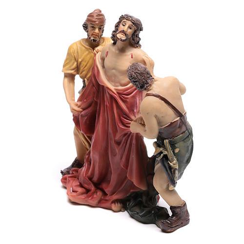 Scène Jésus est dépouillé de ses vêtements 9 cm 2