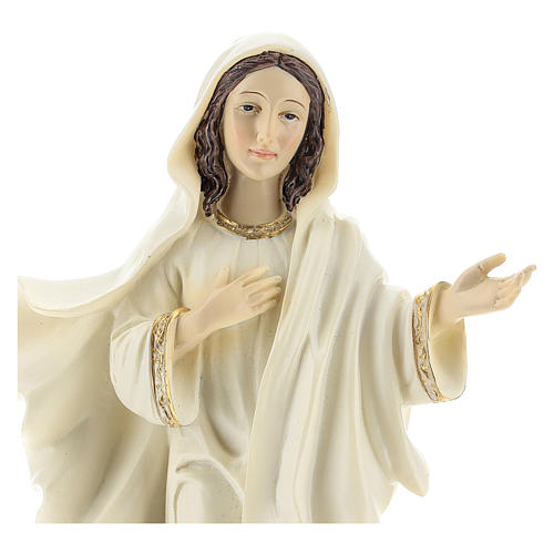Hand painted resin statue of Our Lady of Medjugorje, Queen of Peace, height 22 cm 2
