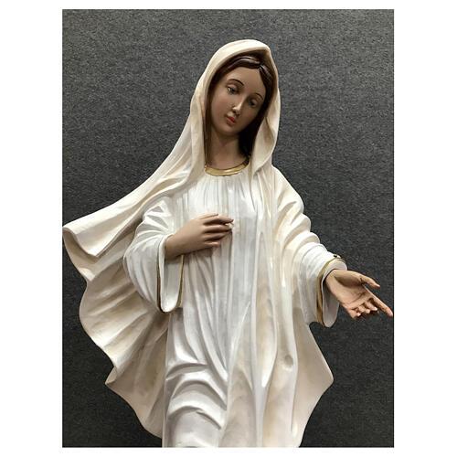 Estatua Virgen Medjugorje vestido blanco 60 cm resina pintada