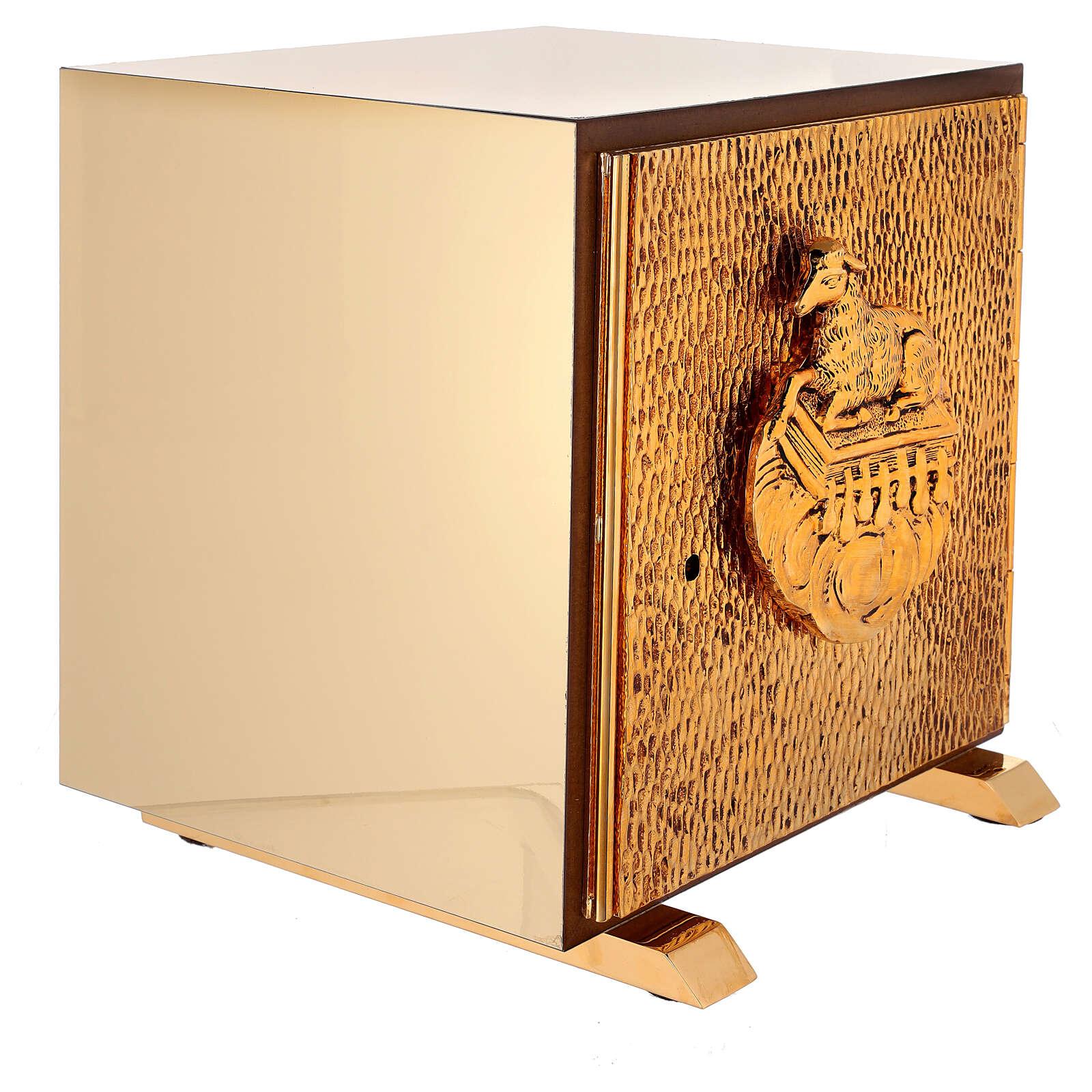 Sacrário de altar dourado com Cordeiro exposição Santíssimo Sacramento 4