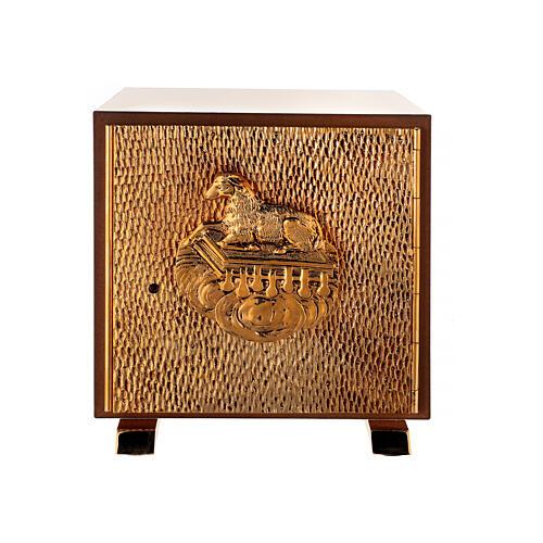 Sacrário de altar dourado com Cordeiro exposição Santíssimo Sacramento 1
