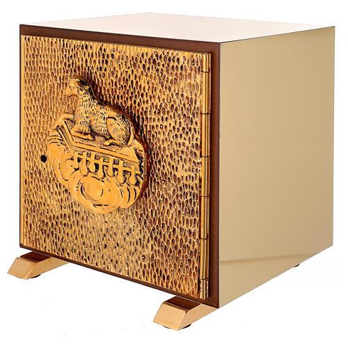 Sacrário de altar dourado com Cordeiro exposição Santíssimo Sacramento 3