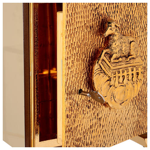 Sacrário de altar dourado com Cordeiro exposição Santíssimo Sacramento 5