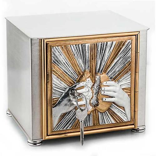 Altar tabernacle braking bread 1