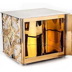Tabernacle, golden cross s3