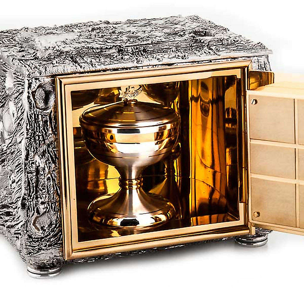 Altar tabernacle, stylized cross 4