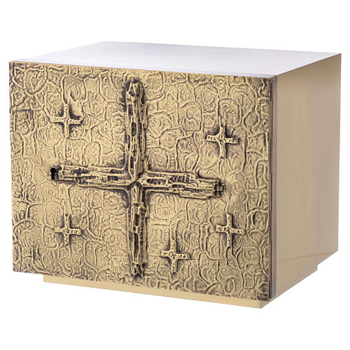 Altar Tabernacle with cross relief in gold plated brass, Molina 2