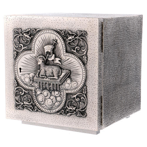 Altar Tabernacle in brass with Lamb of God image, Molina 3