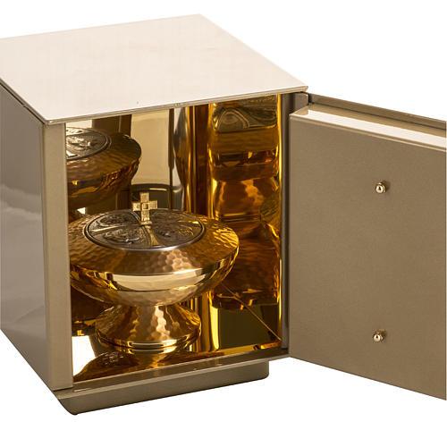 Sagrario de mesa Última Cena bronce dorado caja hierro 4