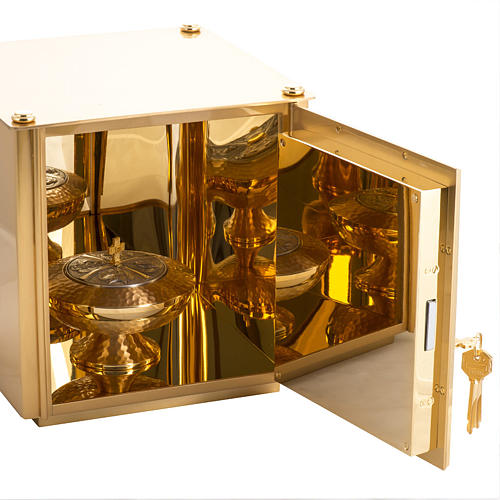 Altar Tabernacle in brass with Evangelists symbols 8