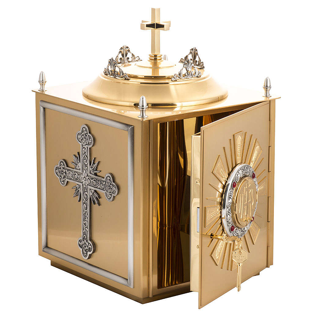 Altar Tabernacle in brass with small windows 4