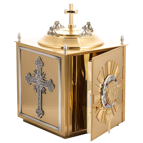 Altar Tabernacle in brass with small windows 9