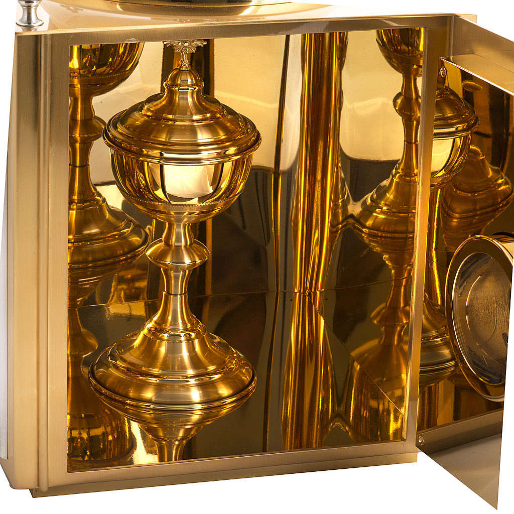 Tabernacolo da altare in ottone con finestrelle 4