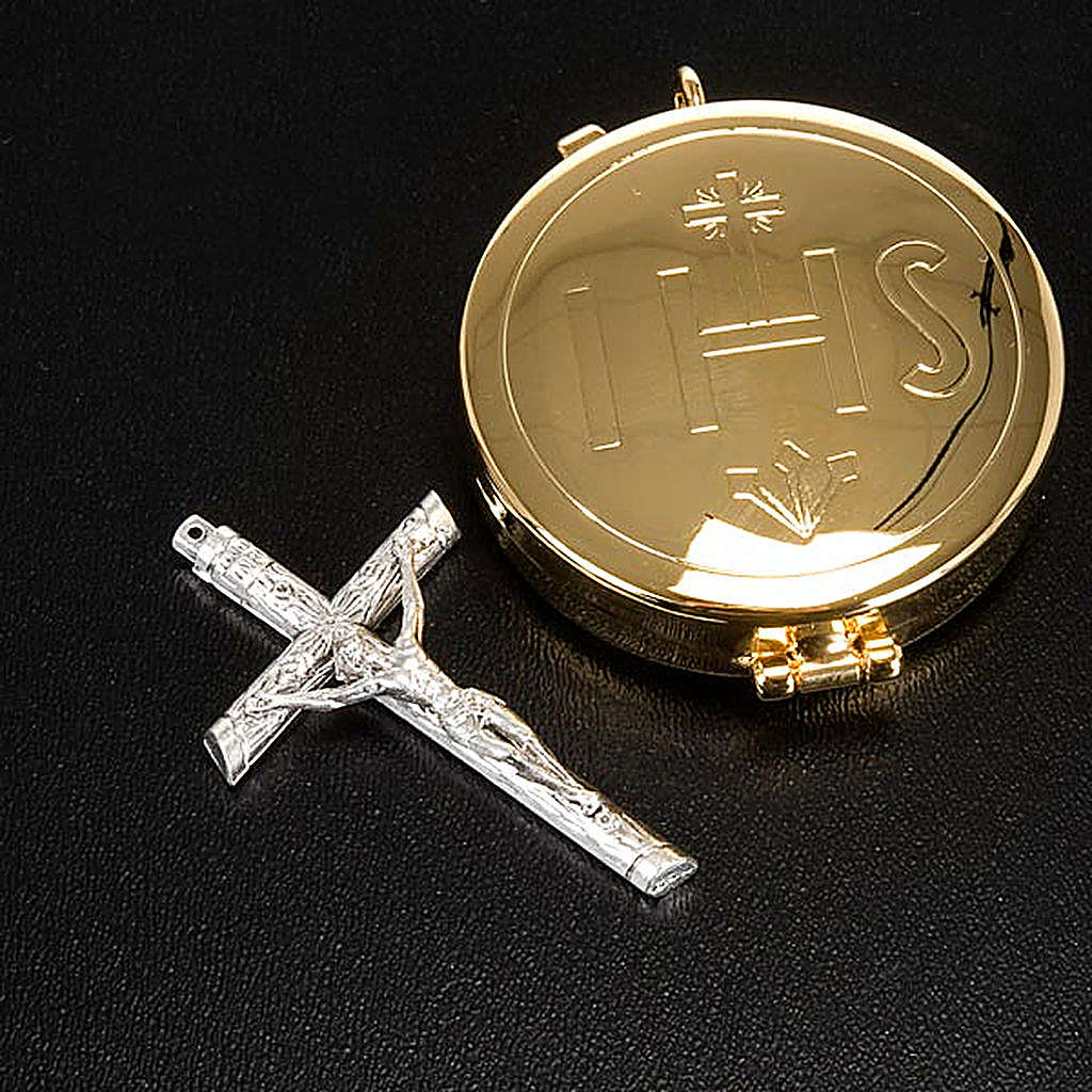 Cross pyx and burse with purificator 3