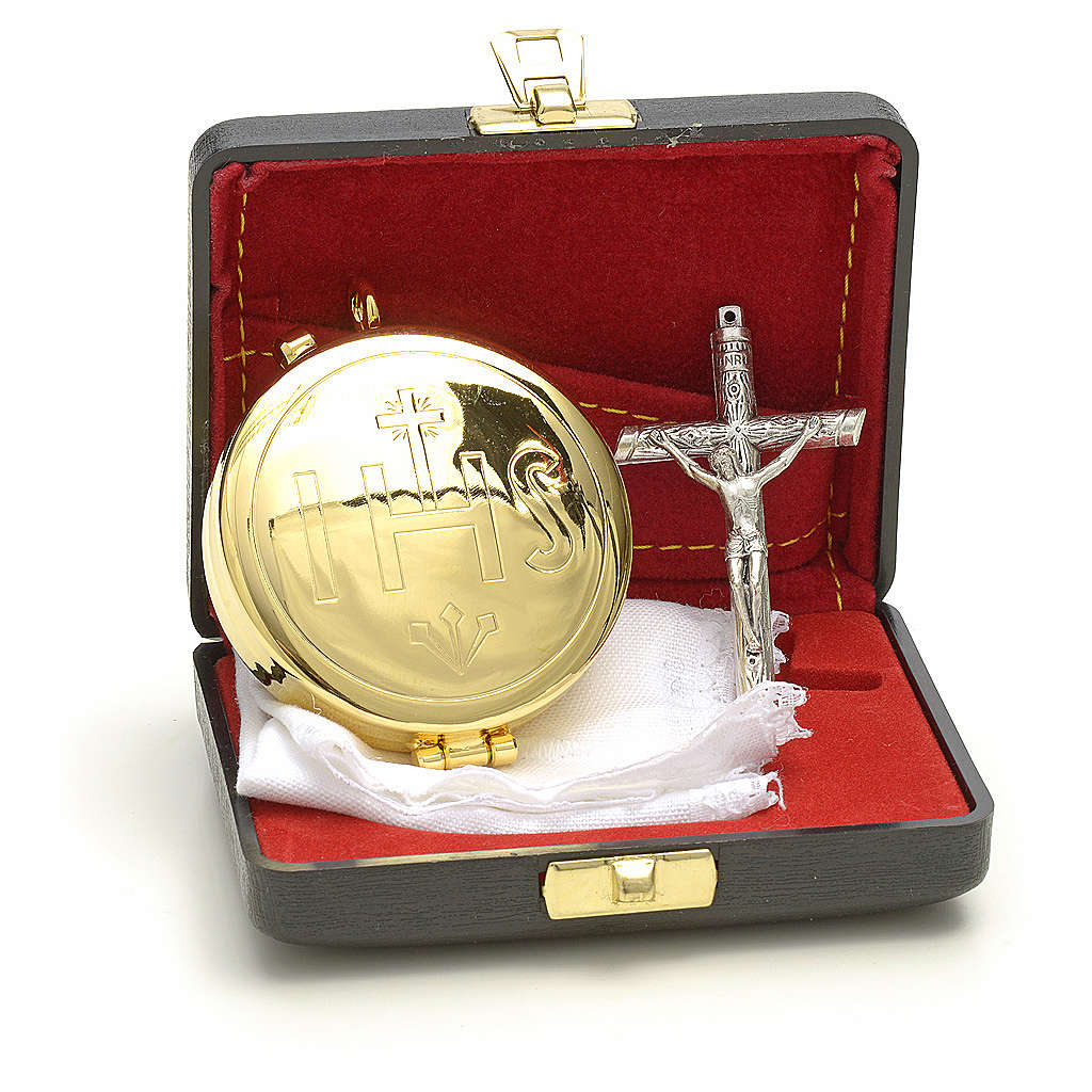 Pyx case with IHS cross pyx and purificator 3