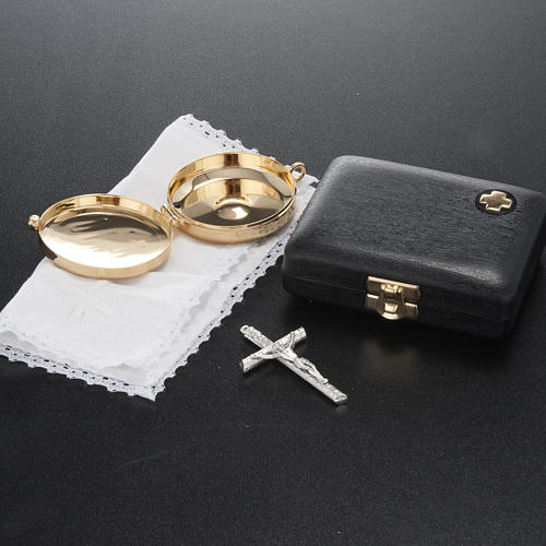 Pyx case with IHS cross pyx and purificator 5
