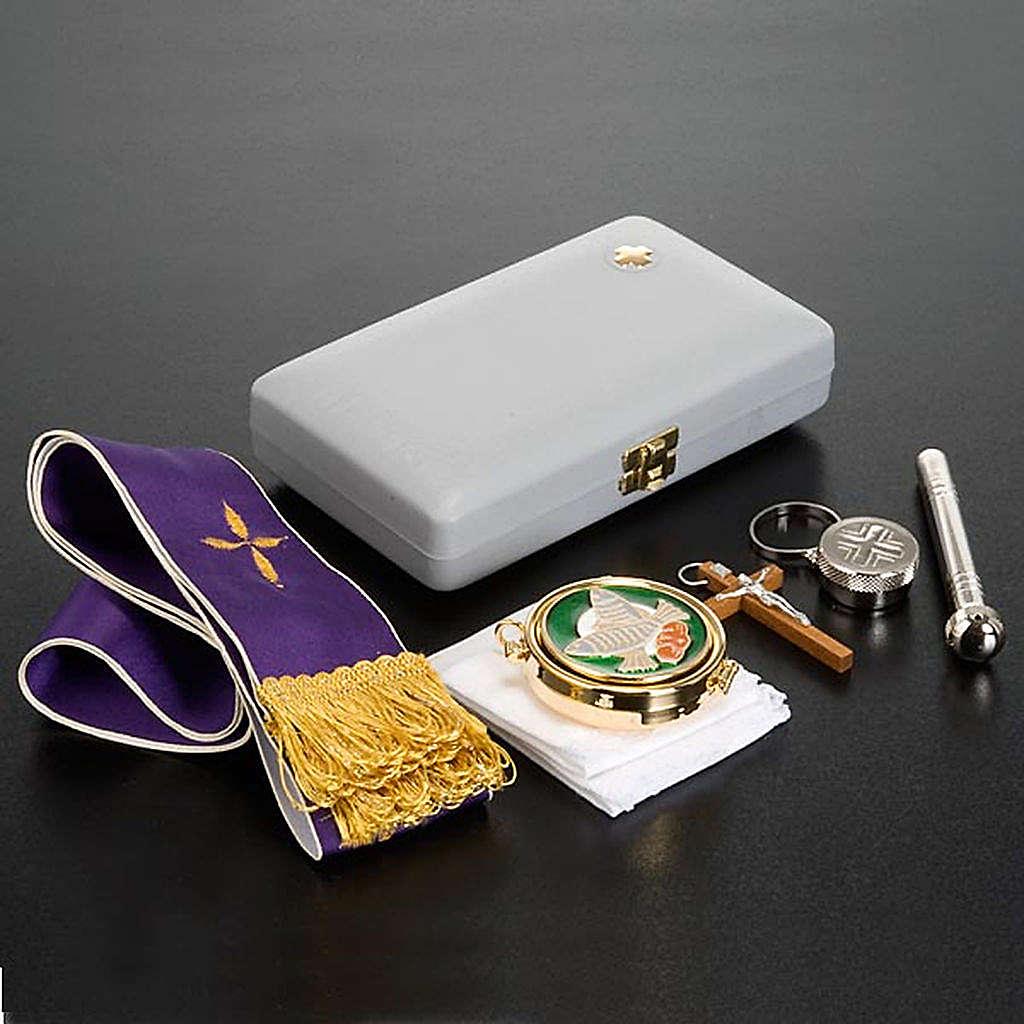 Sick call set white case 6 accessories 3