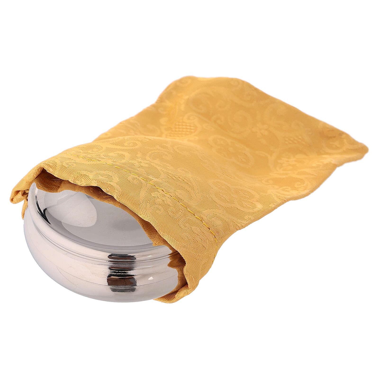 Teca argentata con colomba smaltata e sacchetto giallo 3