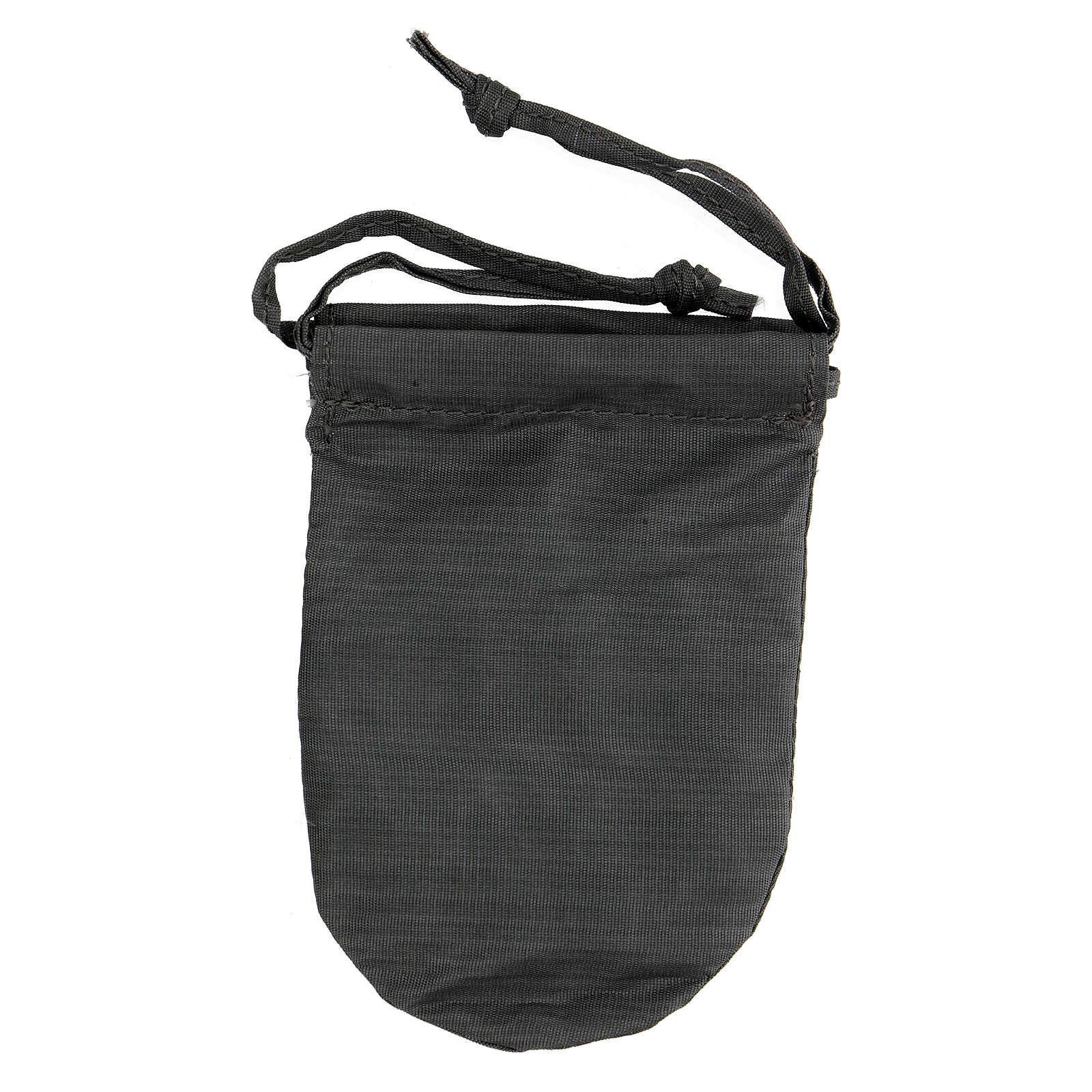 Bolsa con relicario 5 cm de raso gris pintado a mano 3