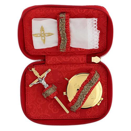 Estuche para viático rojo Virgen de Guadalupe relicario diám 5,5 cm 2