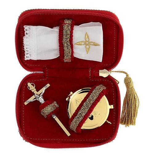 Estuche para viático rojo tejido flocado decorado cruz relicario 5,5 cm 2