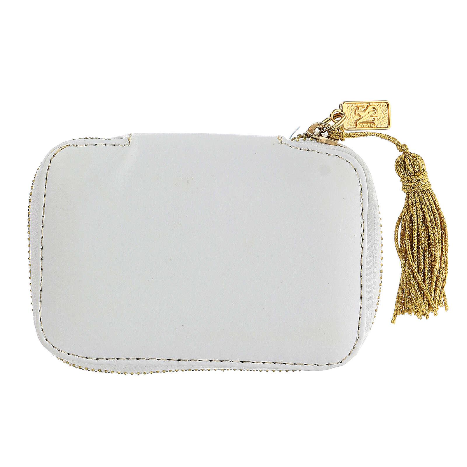 Estuche para viático blanco con Cordero bordado relicario 5,5 cm 3