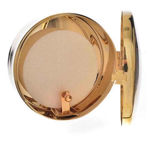 Host box in brass, 9.5cm diameter 2