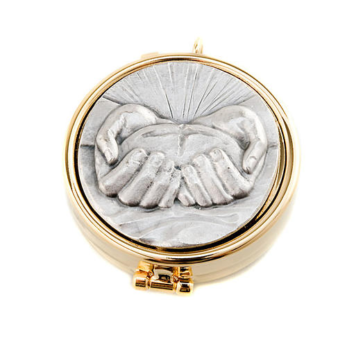 Pyx with pewter bread and hands plate 1