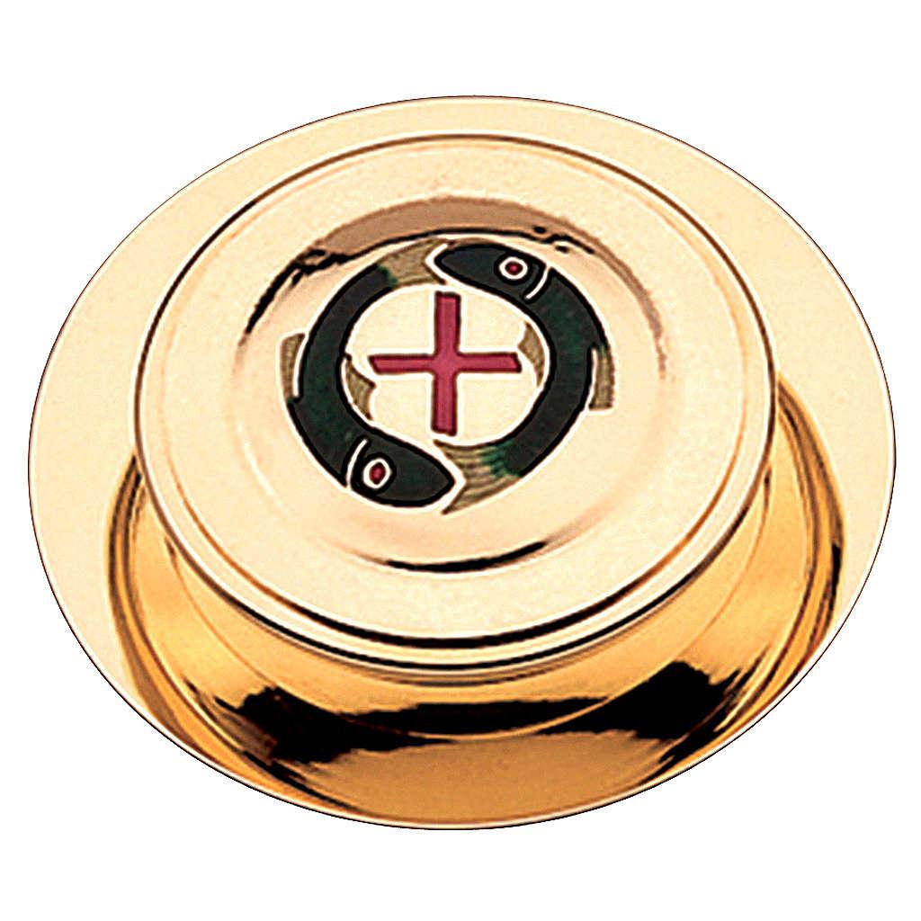 Caja para hostia latón dorado con 2 pezes y cruz roja Molina diam,10.5 cm 3