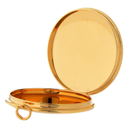Pyx for hosts in golden brass with hand engraved PAX symbol Molina 3