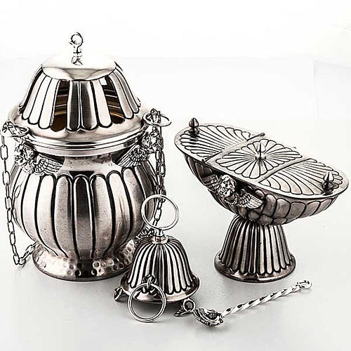 Encensoir et navette ciselés 1