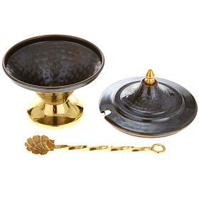 Encensoir et navette en bronze repoussés s6