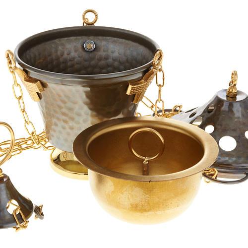 Encensoir et navette en bronze repoussés 2