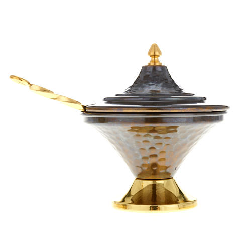 Encensoir et navette en bronze repoussés 5