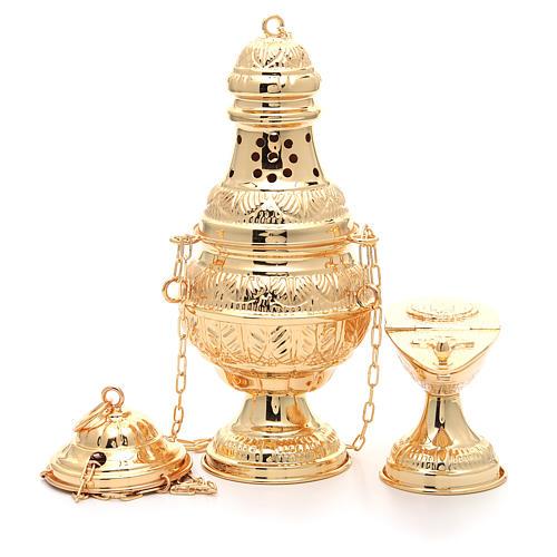 Weihrauchfass und ovales Weihrauchschiffchen aus vergoldetem und ziseliertem Gussmessing 1