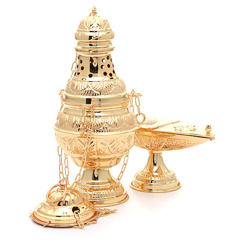 Thurible with oval boat in golden, chiselled cast brass 4