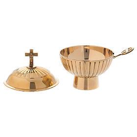 Naveta de latón dorado con cruz h. 12 cm s2