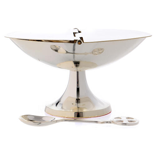 Boat with spoon in silver-plated brass 1