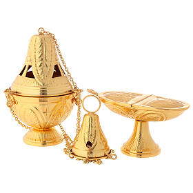 Weihrauchfass und Weihrauchschiffchen aus vergoldetem Messing, Kreuz- und Blattmotive s1