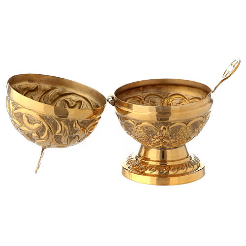 Spherical baroque boat in gold plated brass 5 in 2