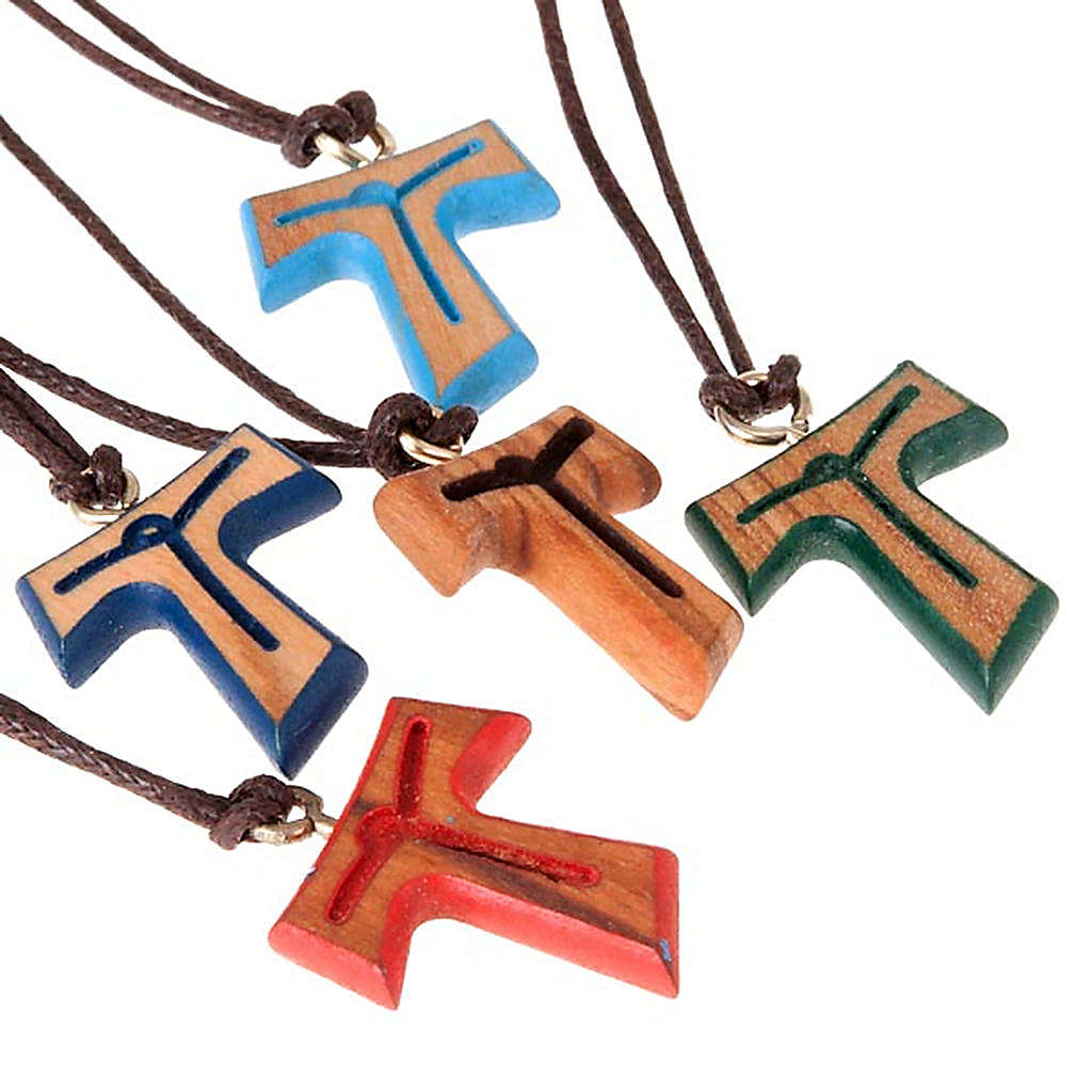Pendant tau cross brown string 4