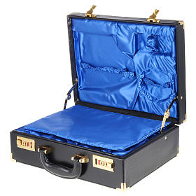 Case for travelling mass kits, empty with blue satin insides s3