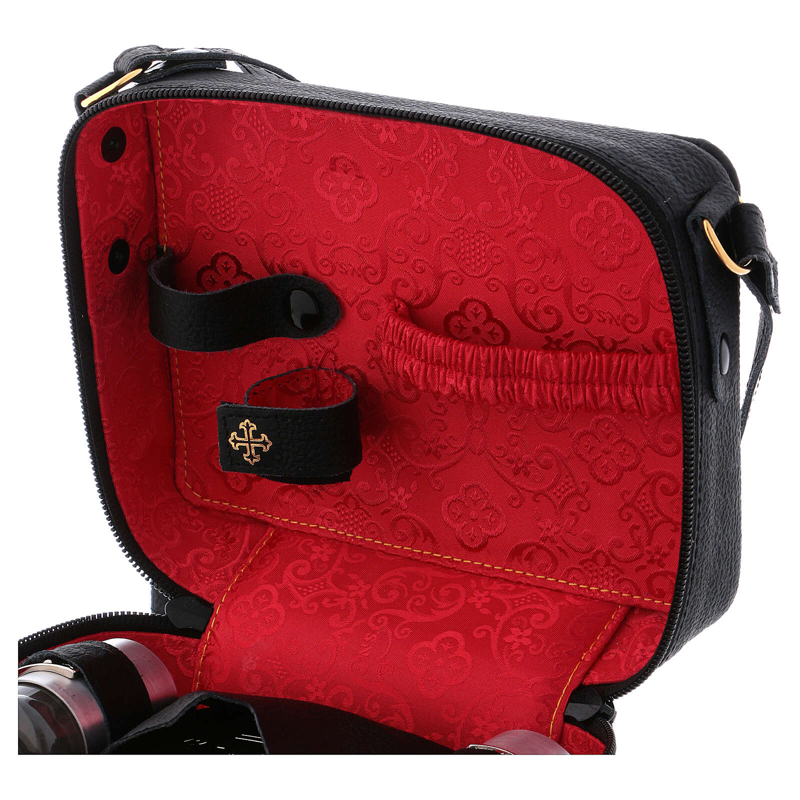 Mass kit with bag in leather, lined with red fabric 3