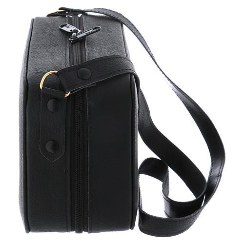 Bolsa tiracolo em couro com kit para Celebração Eucarística Interior Vermelho 8