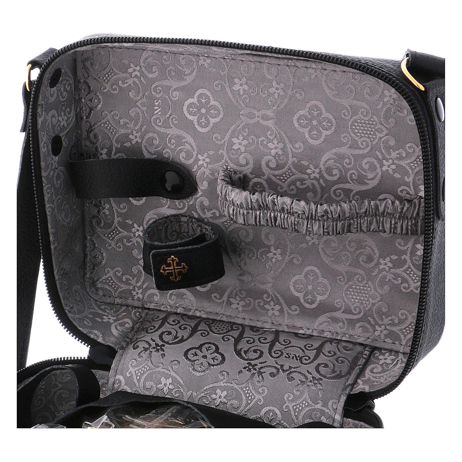 Bolsa tiracolo em couro com kit para Celebração Eucarística Interior Cinzento 3