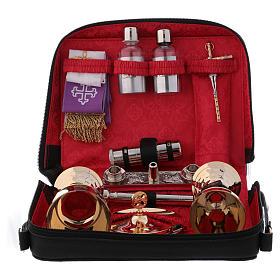 Valises Chapelle: Valise-chapelle en cuir doublure rouge kit pour célébrations